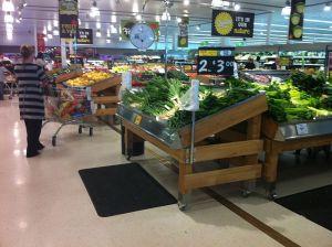 800px-Refurbished_Coles_supermarket_in_Berwick