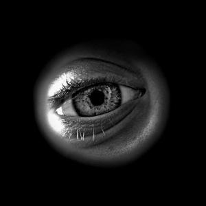 peeping_eye